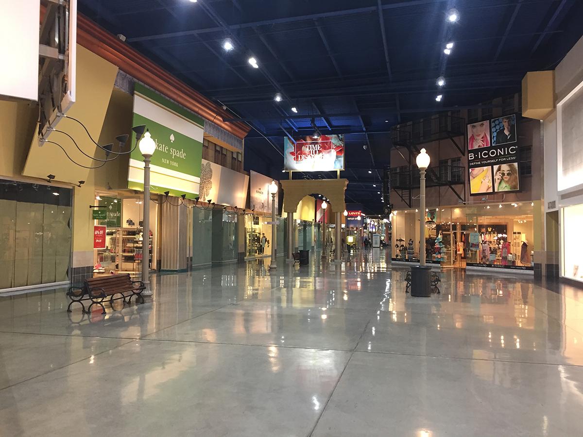 008_Mall.jpg