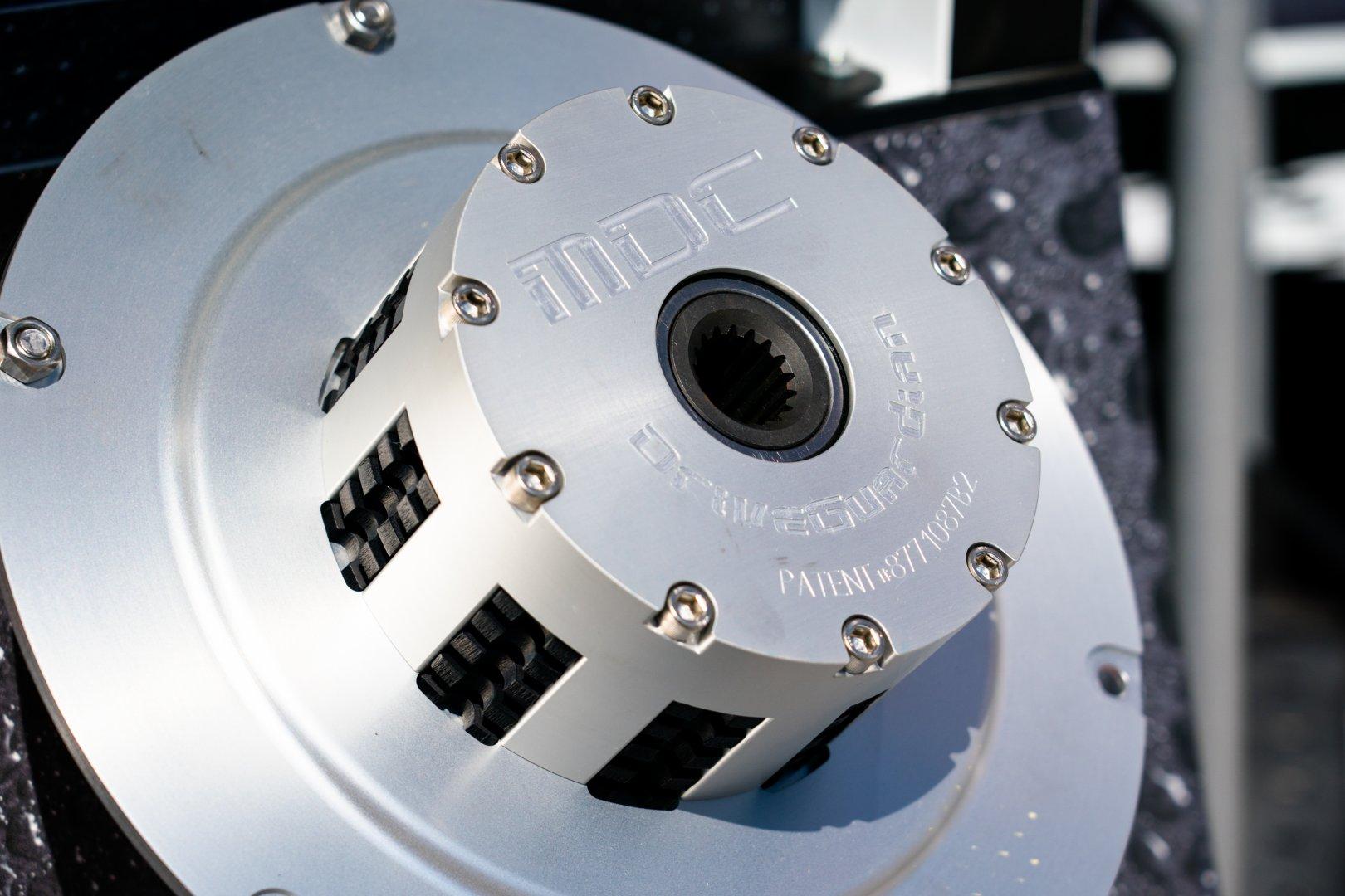 11Hardin marine design drivesync.jpg