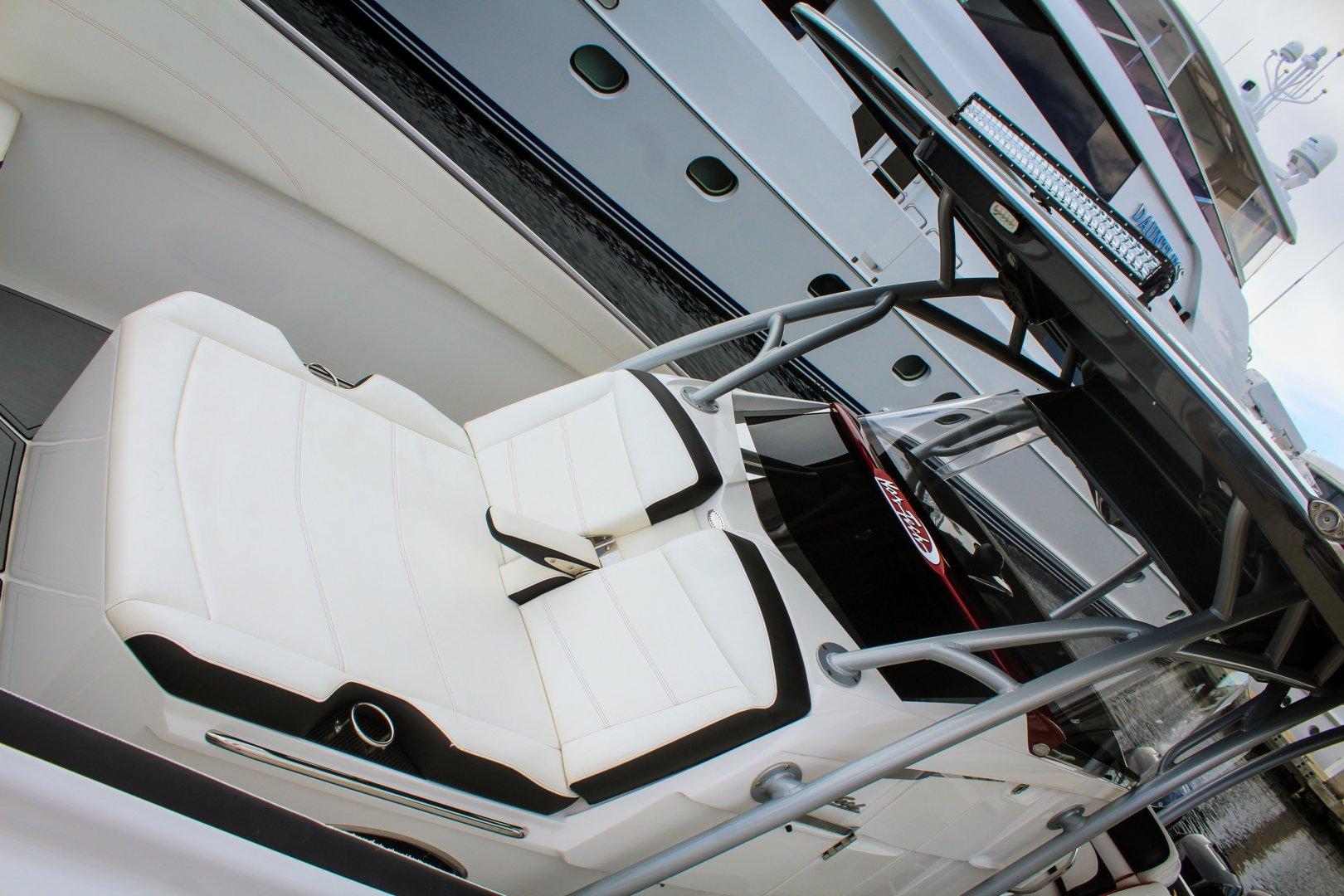 12 340 bow lounger.jpg