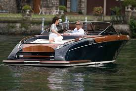 Babe magnets: boats to wow the ladies - boats.com