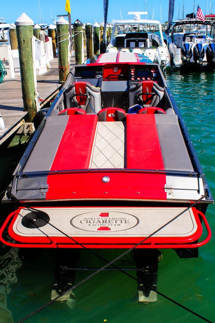 16 1080 deck rear kw dock 5.jpg