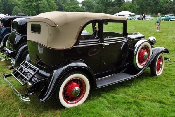 1932-Ford-B-400-Convertible-Sedan-.jpg.12fe878726b8a56e4ff33edc22ab4824.jpg