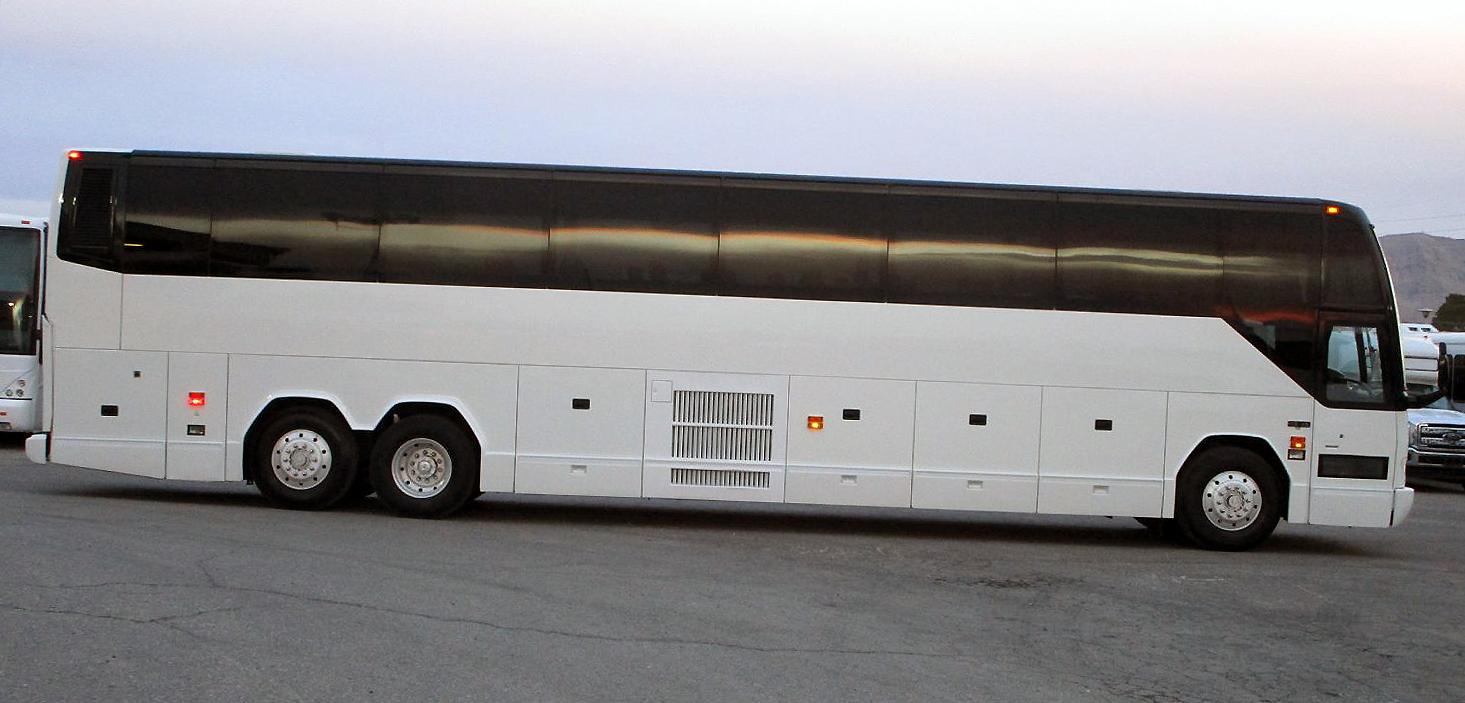 2003-Prevost-H3-45-Highway-Coach-C14556-4.jpg