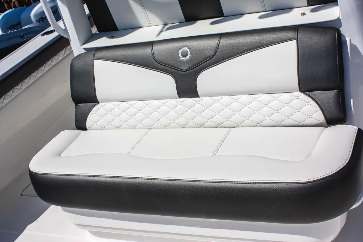 23 39NX aft seating_web_size.jpg