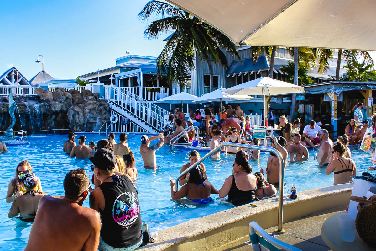 24 Dantes pool party_web_size.jpg
