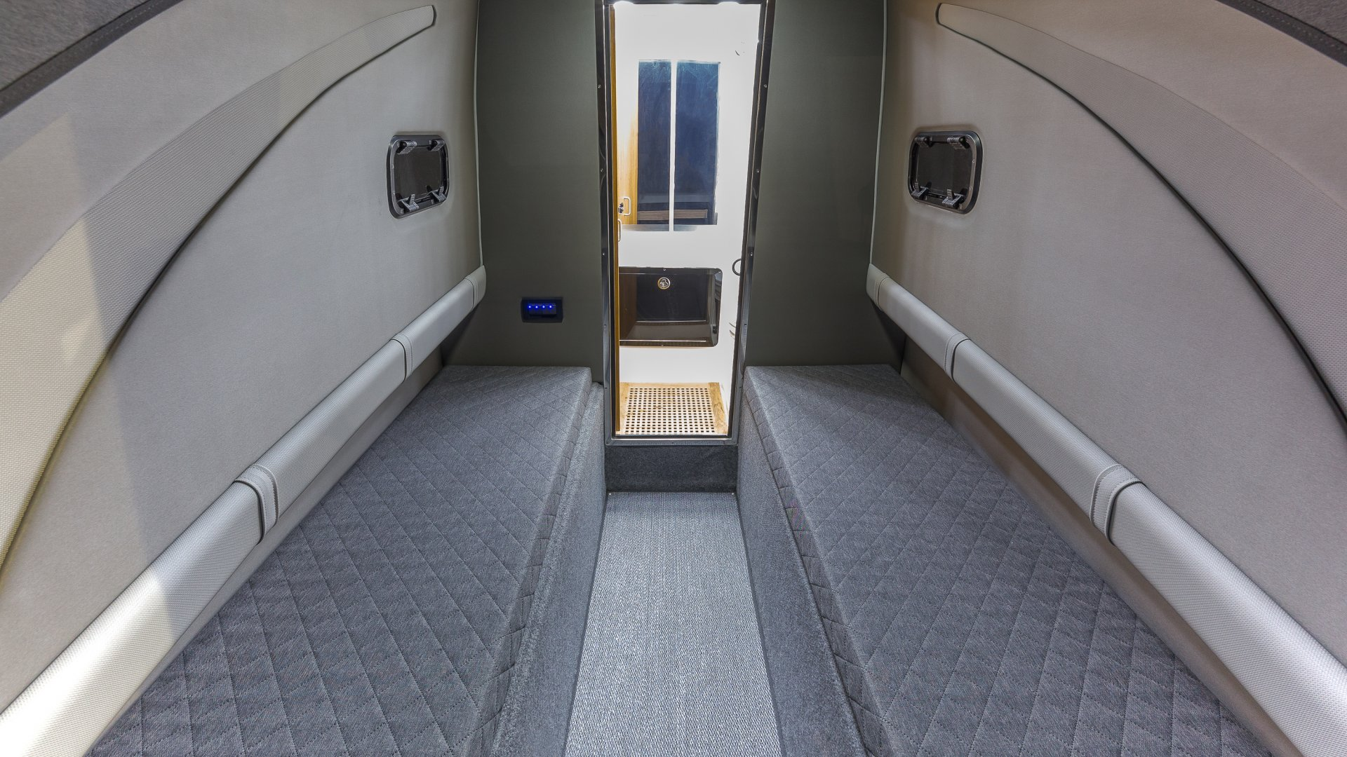 24 O 45 cabin twin berth.jpg