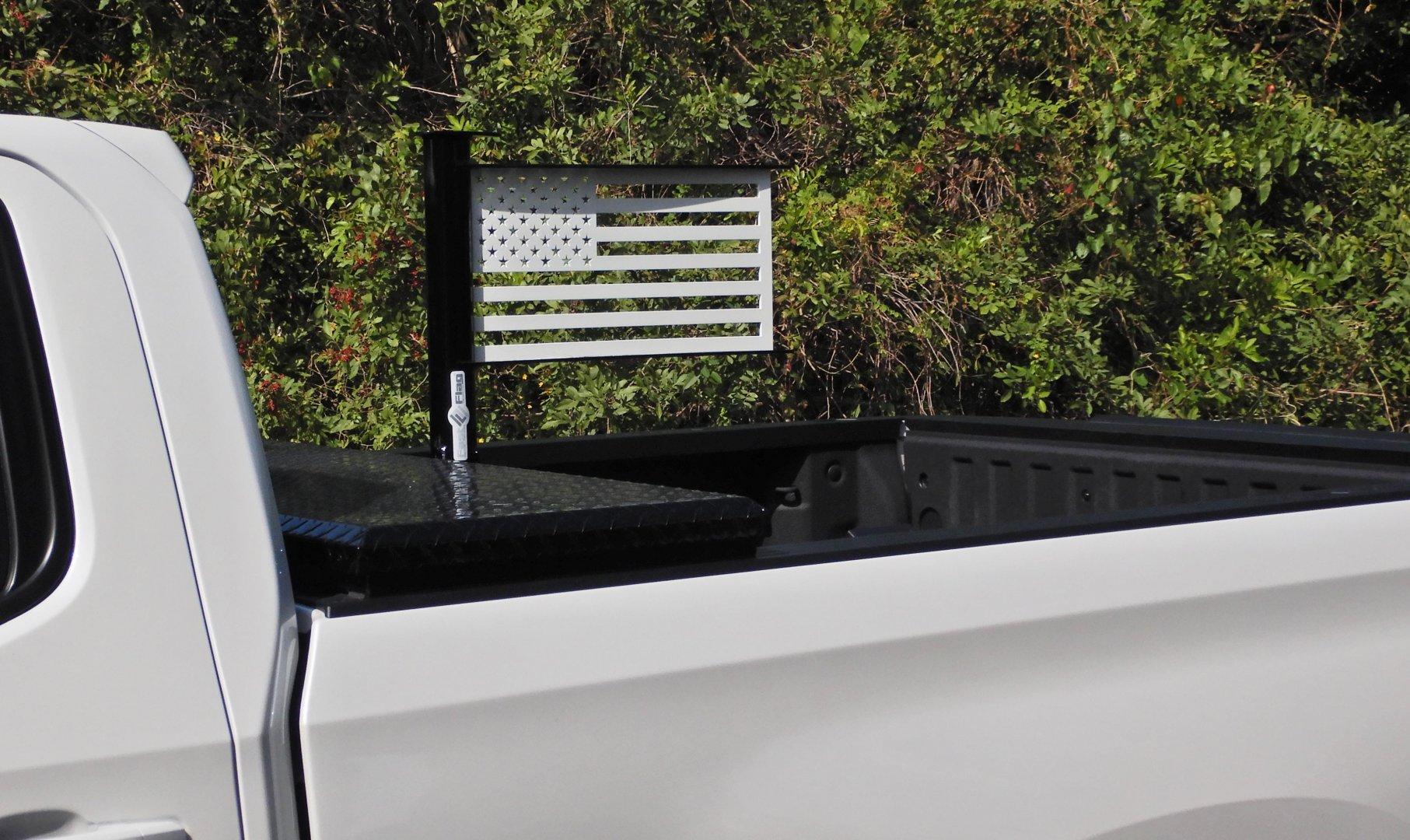 27 20inch custom gloss blk and wht truck mount A3.jpg