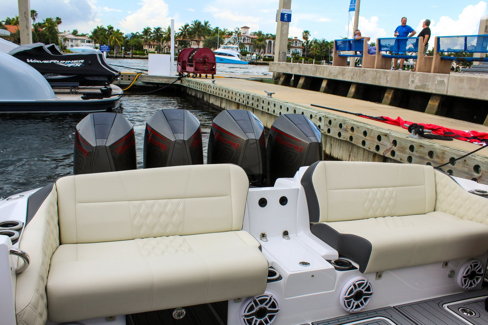 27 450 rear seat.jpg