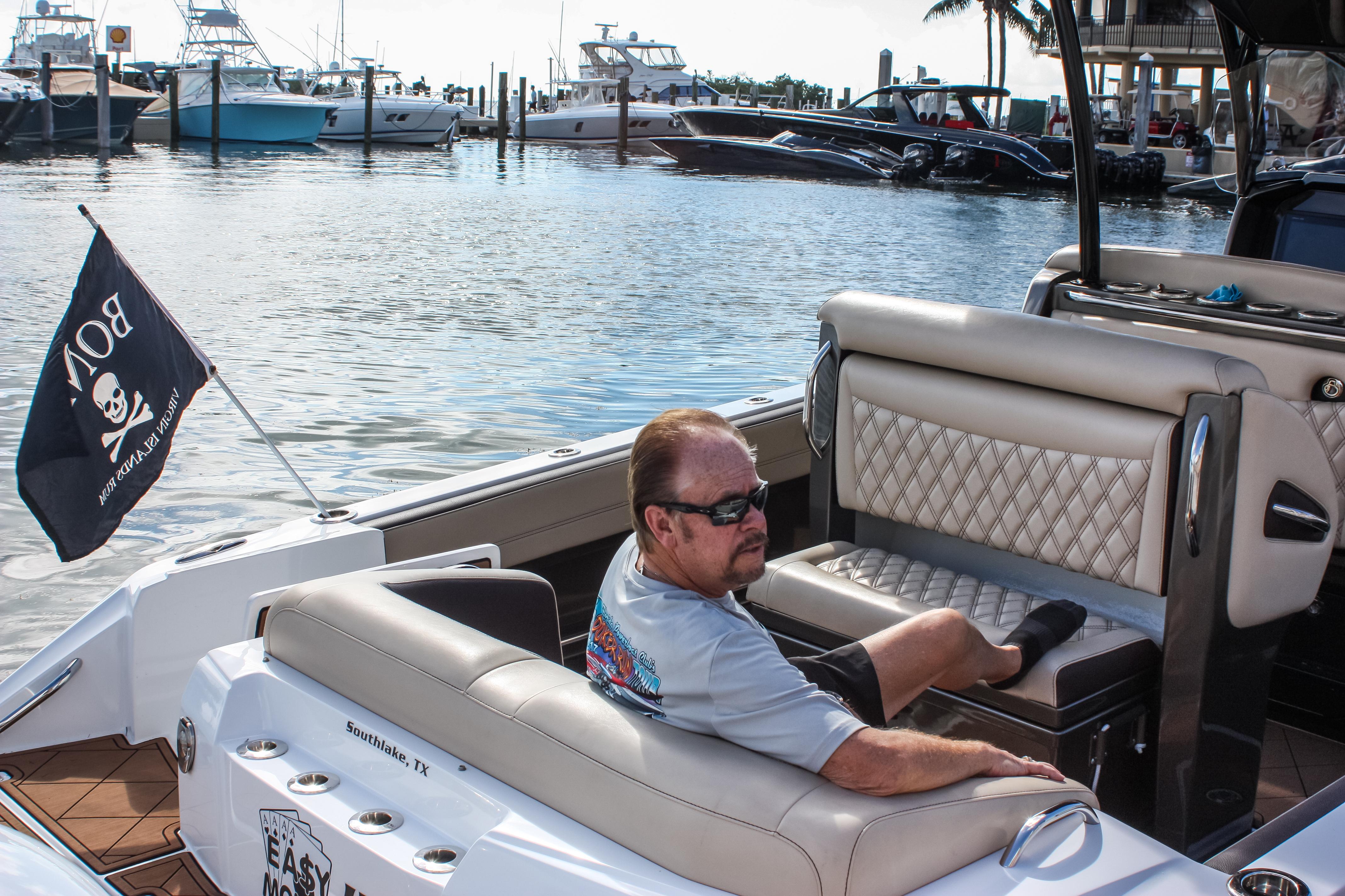 29 390 roger relax on own boat.jpg