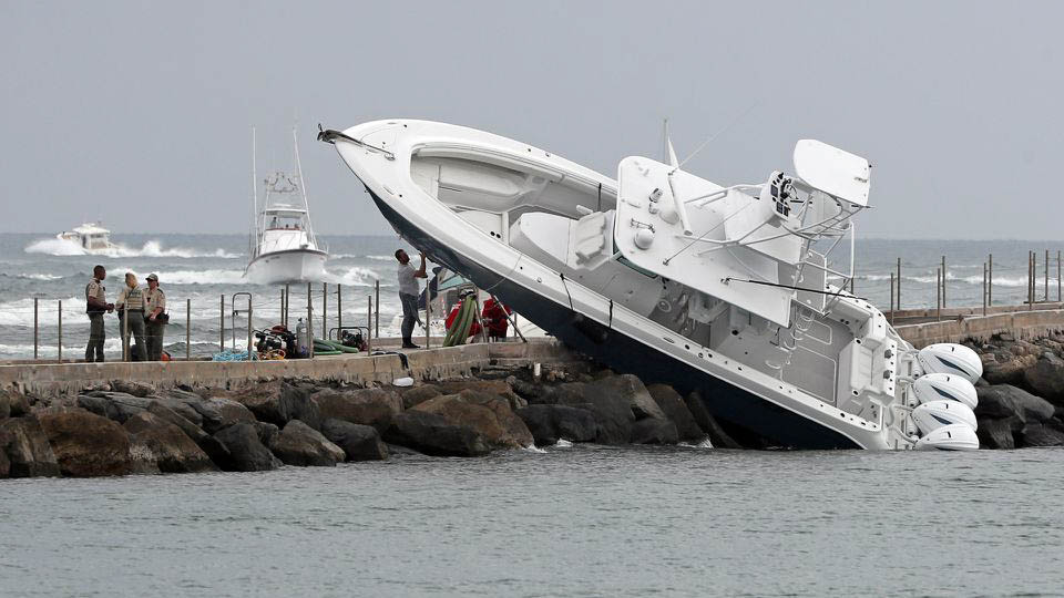 3 Haulover center console accident_web_size.jpg