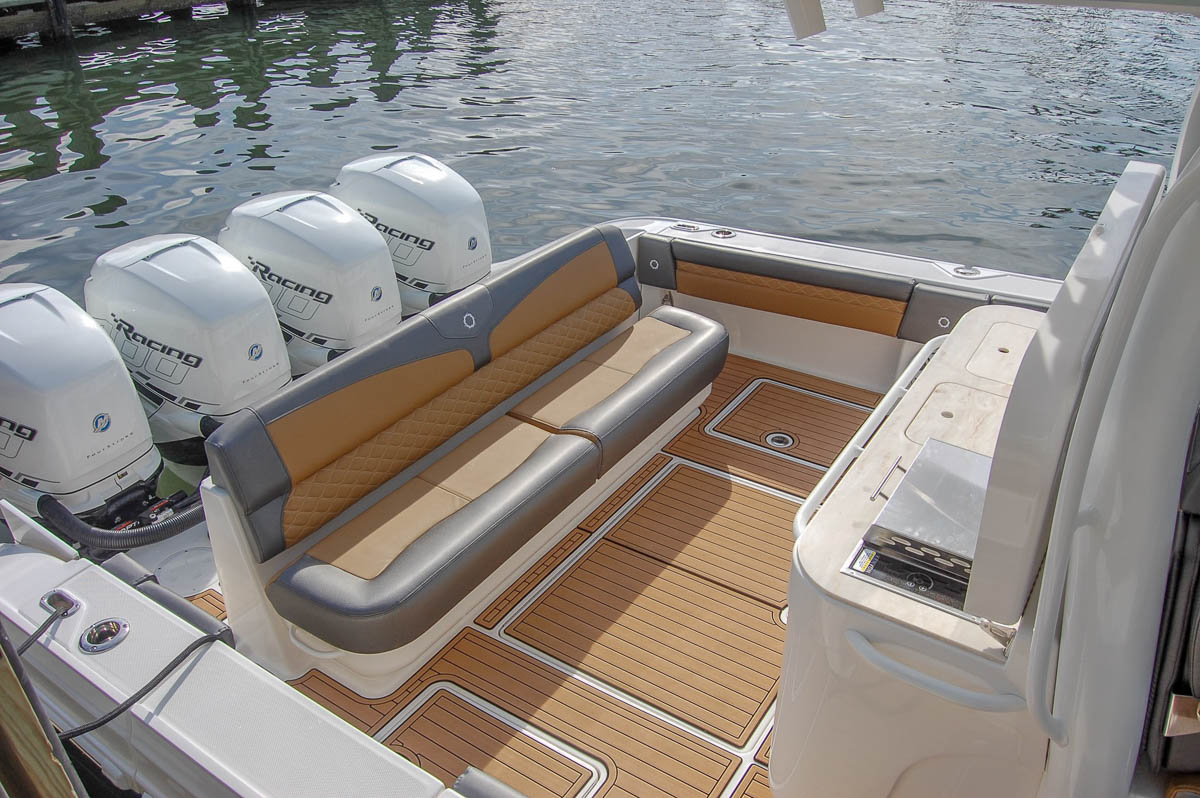 6  43NX aft rear seat_web_size.jpg