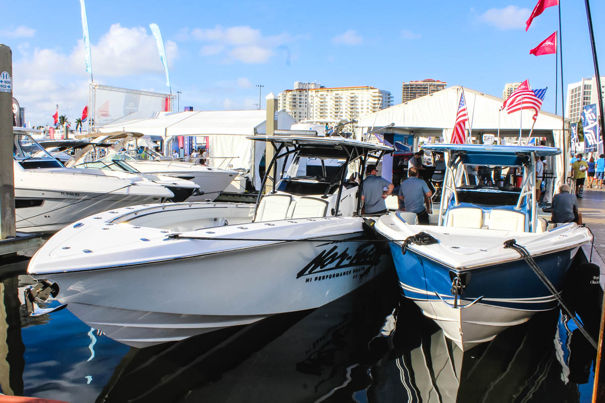 7 Nor-Tech 392 Super Fish bow FLL Boat Show 2020_web_size.jpg