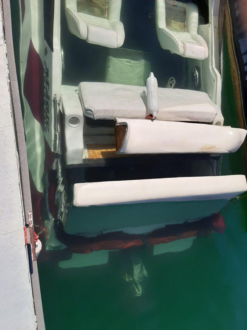 boat sunk 3.jpg