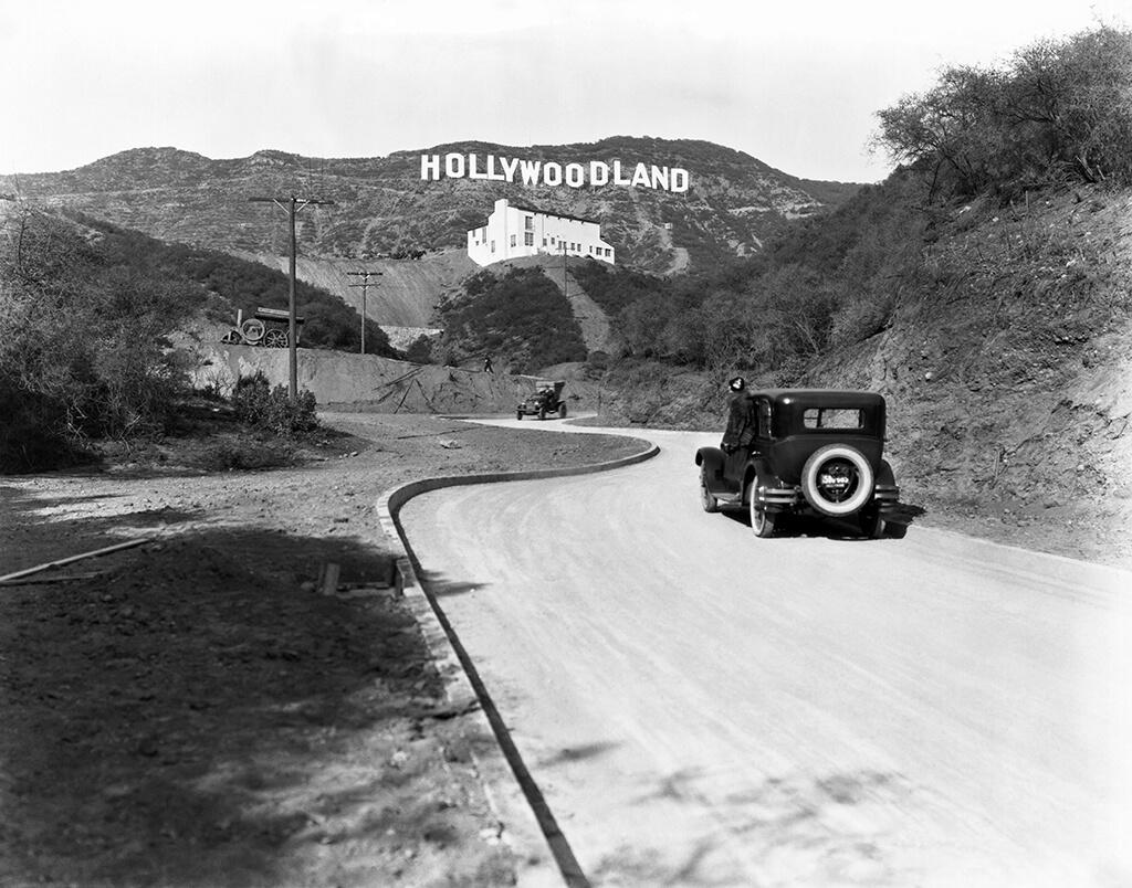 hollywoodland-1-71762.jpg