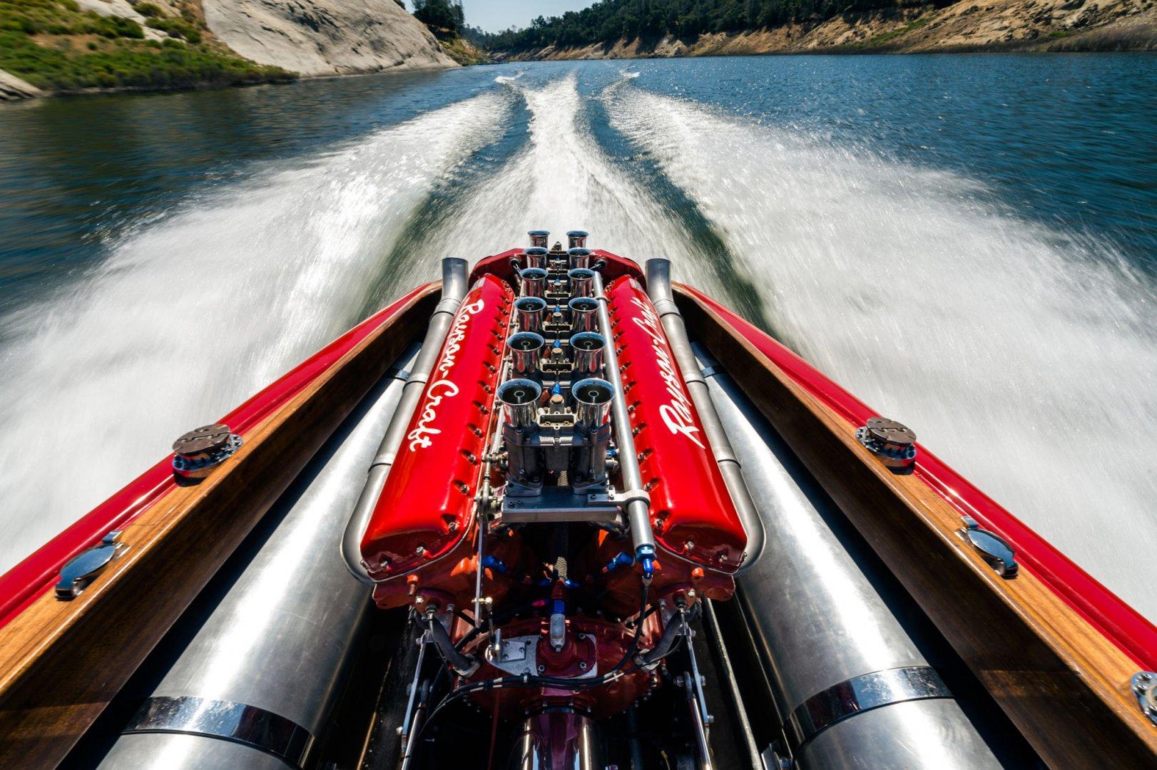 hot-rod-special-cream-puff-marathon-boat-001.jpg