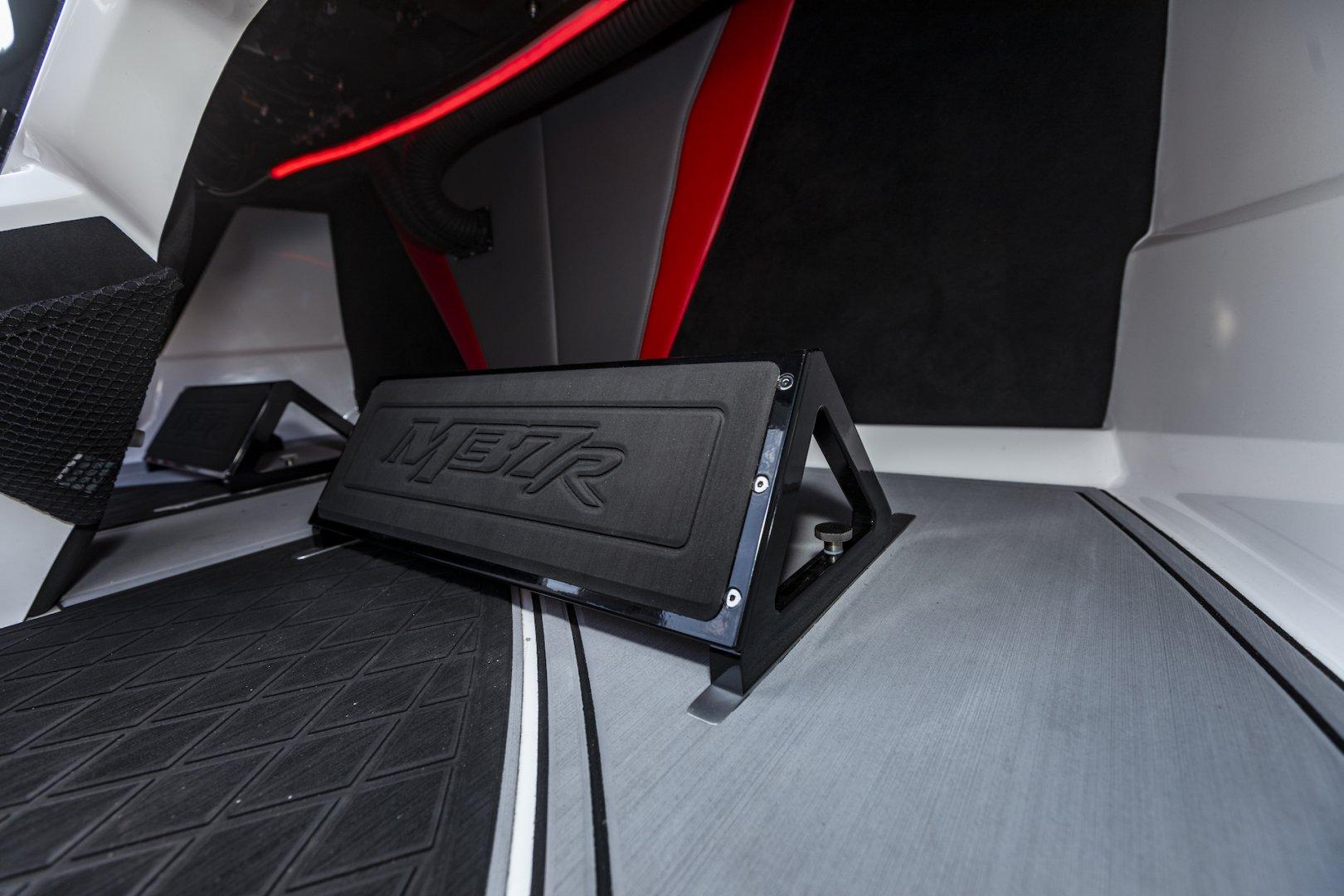 Interior10RS.jpg
