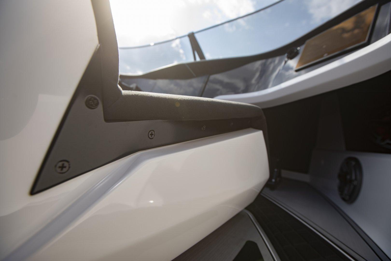 Interior9RS.jpg