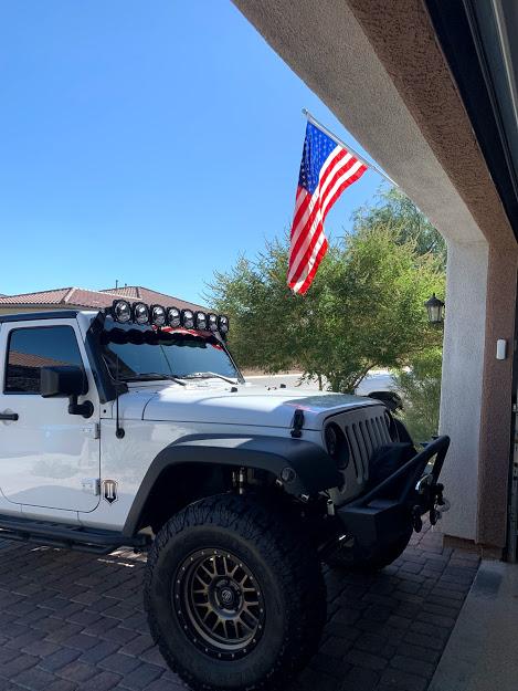 Jeep flag.jpg
