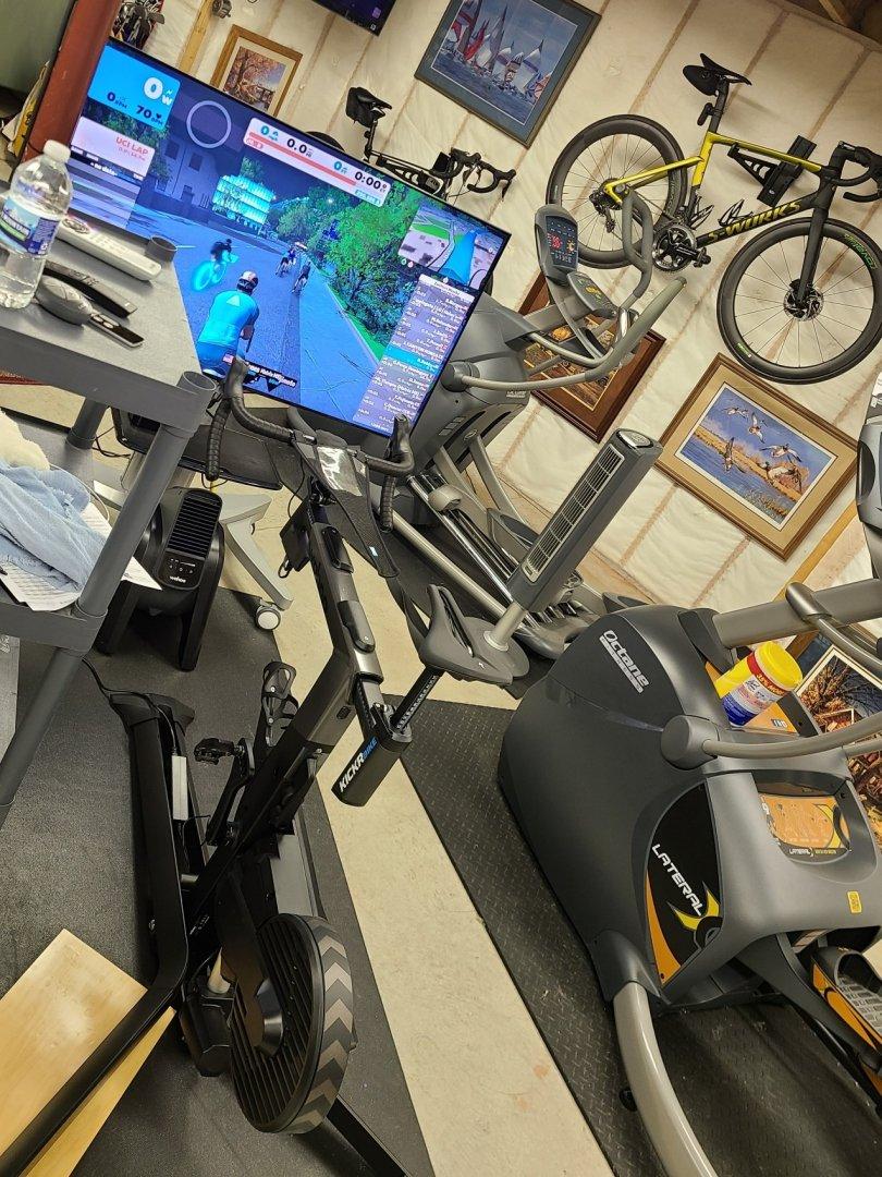 kickr bike 2.jpg