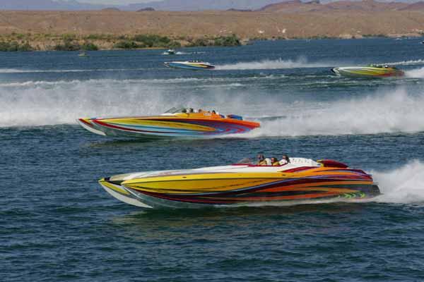 lake_havasu_poker_run_nevada_racing_boats_3.jpg
