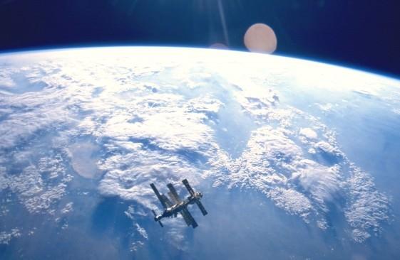 mir_orbit-e1434396913701.jpg
