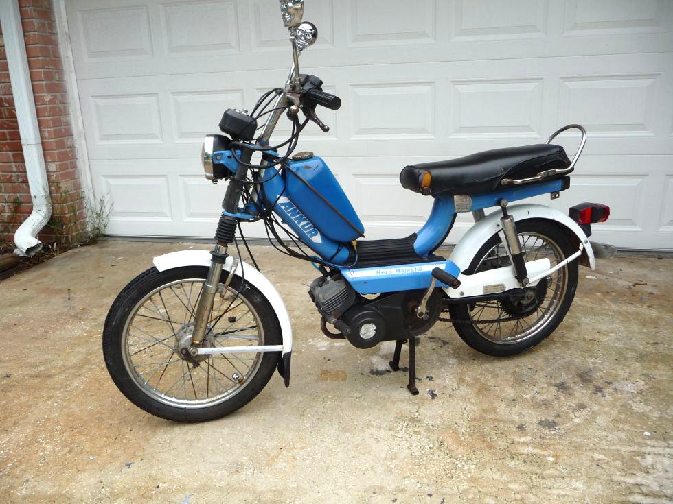 moped-army-7aeea3d80b32a217428cb56554ec69dd.jpg