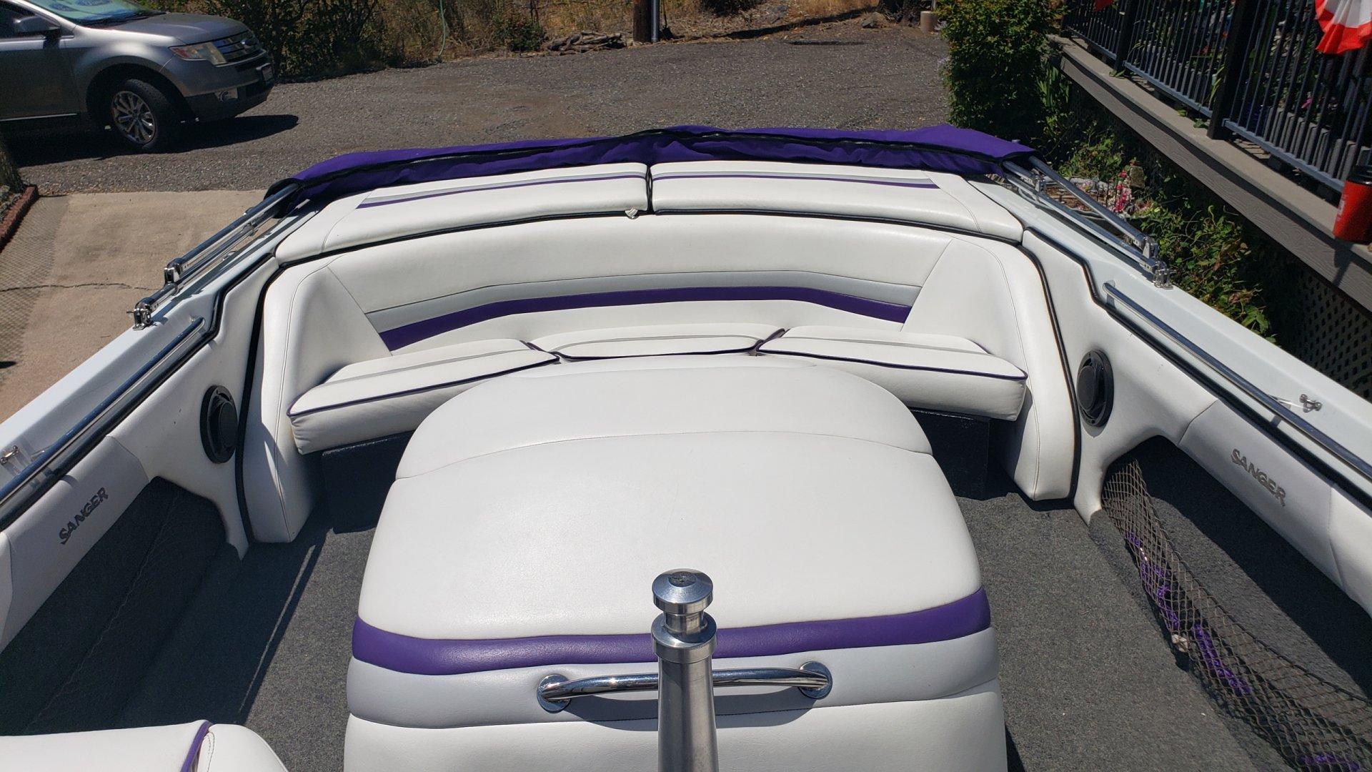 seating area rear.jpg