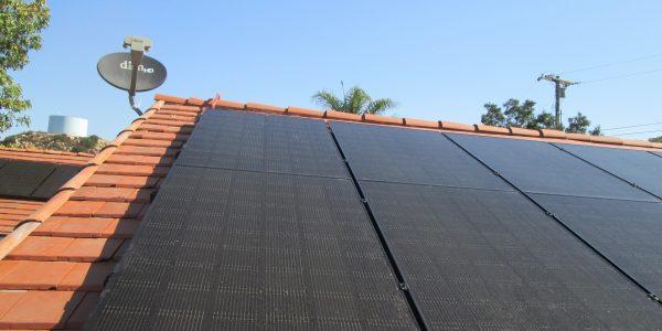 solar-panels-roof-mount-801-kent-drive-el-cajon-ca-92021-2-600x300.jpg