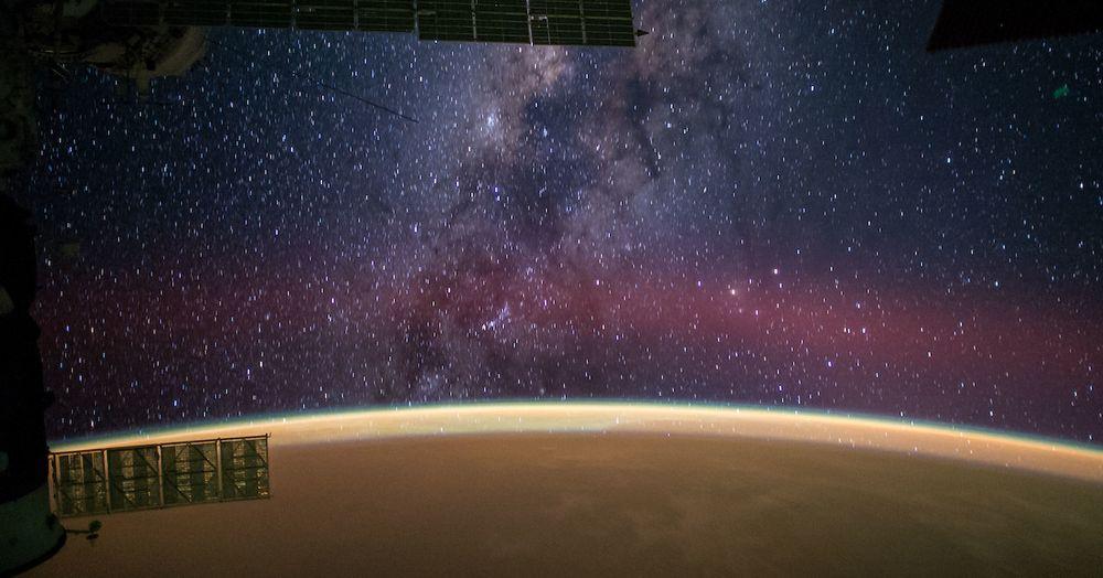 space-station-photos-slide-4.jpg