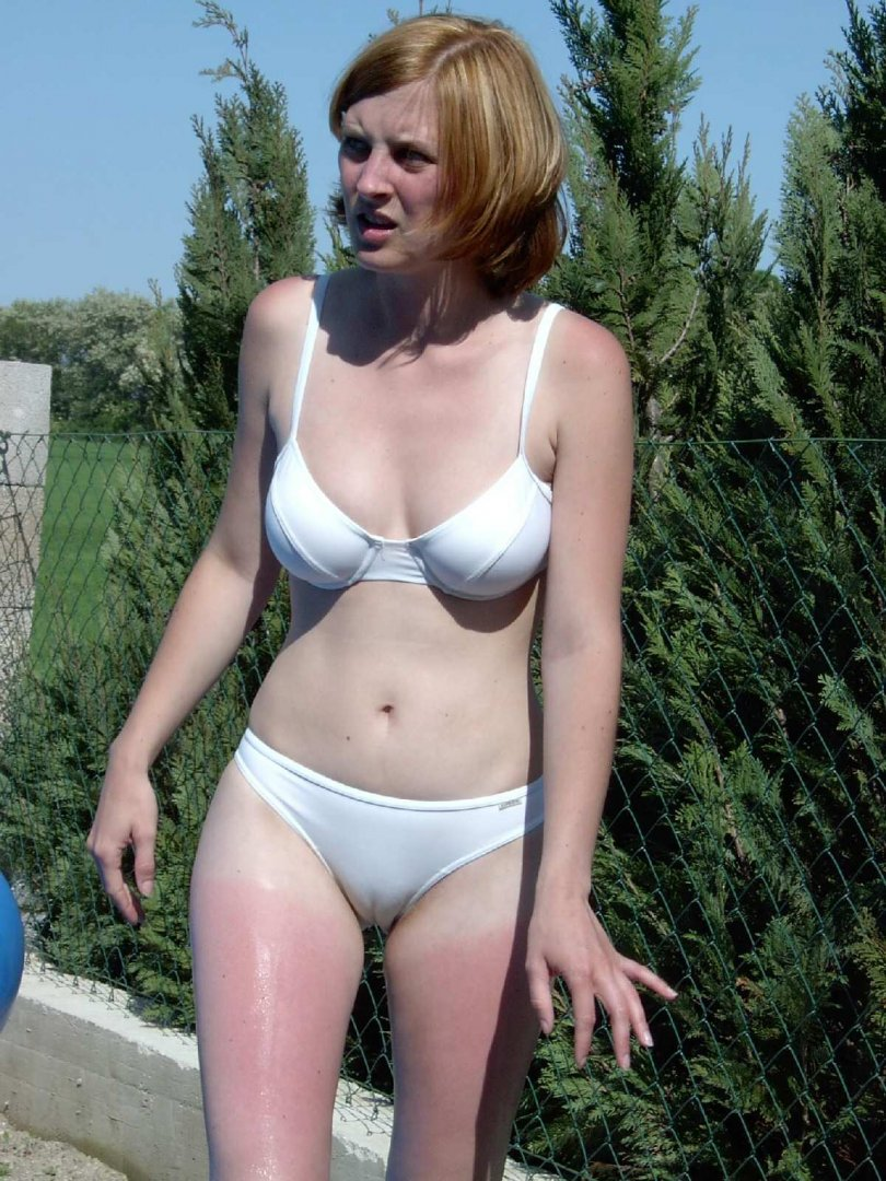 Teen-Nudist-with-Cameltoe-Wearing-Bikini-14.jpg