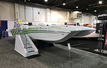 Advantage 29 X Flight at the Los Angeles Boat show!