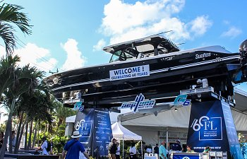 Fort Lauderdale International Boat Show Fires Up the 450s